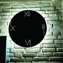 Beleuchtete LED Wanduhr rund braun Nextime 3104br