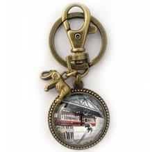Schlüsselanhänger 'Tuffi - Sprung', bronze