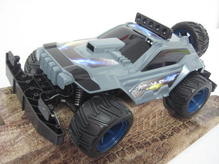RE24810 Revell RC Controll Extreme Offroader Night Shade mit Licht