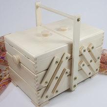 Nähkasten/Nähkorb aus hellem Holz,   27x16,5x16,5 cm (BxHxT)