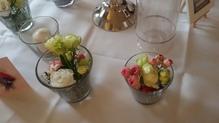 Tischdekoration Gläsergruppe