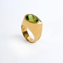 Ring mit PERIDOT, 18 Karat Gold