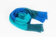 Garnpaket für diesen Schal in 5 Farbkombinationen