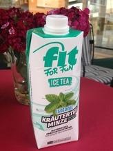 Eistee Minze FIT FOR FUN im Tetra Pak - Isotonisches Kräuterteegetränk -