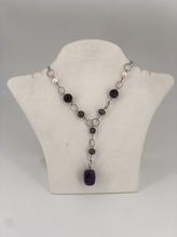 Halskette mit Süßwasserperlken und Amethyst