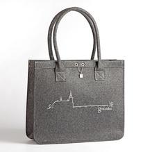 Gmunden Shopper, grau mit glitzer Schloß Ort, Tasche aus Filz ohne PVC. Erhältlich bei Lederbekleidung Paschinger