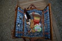 Verleih von gefülltem Picknickkorb 'Für Verliebte'
