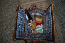 Verleih von gefülltem Picknickkorb 'Minimalistisch'