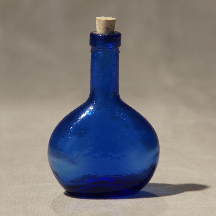 Kleine Glasflasche