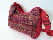 'vielfarben' Tasche 792 rot geschwungende rechteckige Form