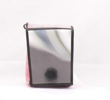 Umhängetasche aus recycelten Materialien mit Magnet-Dreh-VerschlussB 18 x H 23 x T 9 cm