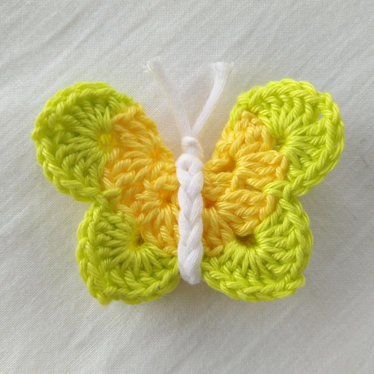 Schmetterling gehäkelt - gelb / grün | Online City Wuppertal