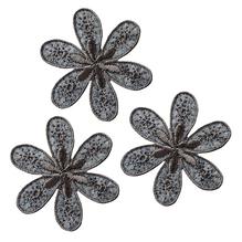 Applikationen - Patches - zum Aufbügeln - 3 Blumen grau