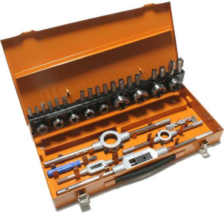 Gewindeschneider Sortiment in Stahlblechkassette, Metrisches ISO-Feingewinde nach DIN 13... Satz Metrisch-Fein: MF 8 - MF 18