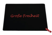 Dreckstückchen de luxe mit Aufdruck 'Große Freiheit'