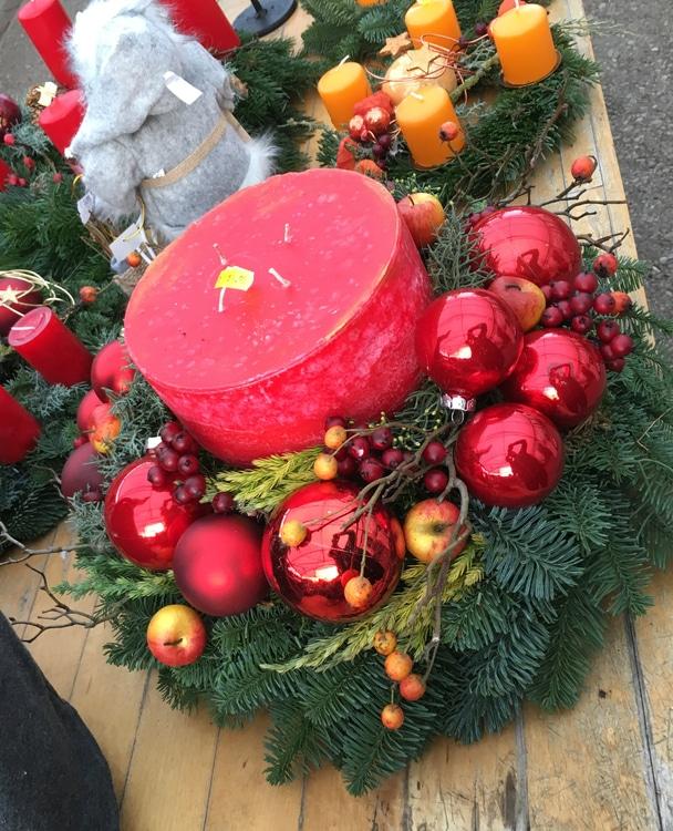 Kurs: Adventskranz dekorieren und gestalten mit Floristmeisterin Iris Paap 22.11.2017