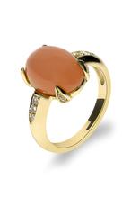 Ring  in 585 Gelbgold - mit  einem Mondstein, gesäumt von Diamanten  - Handarbeit aus unserer Meisterwerkstatt