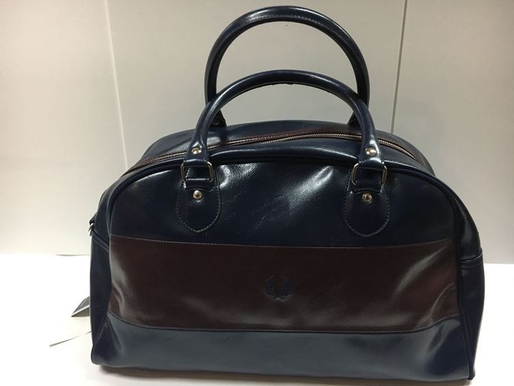 Fred Perry Classic Grip Bag navy/dark brown