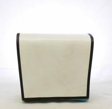 Umhängetasche aus recycelten Materialien mit Klettverschluss B 26 x H 23 x T 10 cm