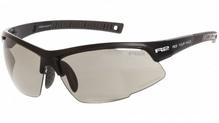 R2 Sportsonnenbrille RACER Schwarz - photochrome/selbsttönend