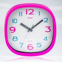 Moderne Wanduhr weiß pink mit Ziffernblatt Mebus 17871